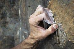 Händer som rymmer fattandet royaltyfria foton
