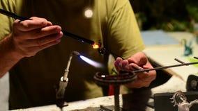 Händer som skapar lager videofilmer