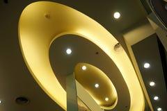 Hängande lampa och ljus Royaltyfria Bilder