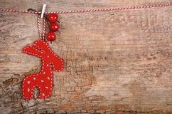 Hängande röda julhjortar Arkivbild