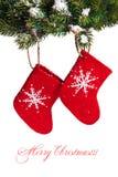 hängande röda sockor Arkivbilder
