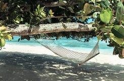 Hängematte auf Paradiesstrand, Seychellen Lizenzfreies Stockfoto