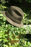 Hängen Sie Ihren Hut? lizenzfreie stockfotos