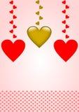 Hängende Herzen und ein Rand von roten Herzen unten Stockbild
