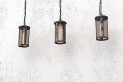 Hängende Lampen der Dachbodenart Lizenzfreie Stockfotos