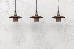 Hängende Lampen des industriellen Dachbodens Lizenzfreie Stockfotografie
