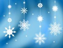 Hängende Schneeflocke verziert Hintergrund Stockfotos