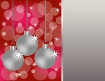 Hängende silberne Weihnachtsverzierungen Stockfotos
