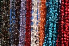 Hängende strukturierte Halsketten Lizenzfreies Stockbild
