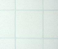 Hängende weiße Decke. lizenzfreie stockbilder