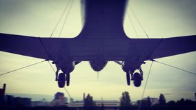 Hängendes Flugzeug Lizenzfreies Stockbild