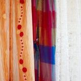 hänger upp gardiner olika tre Fotografering för Bildbyråer