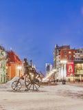 Hängiven cyklist för skulptur. Ryssland Ekaterinburg. Royaltyfri Foto
