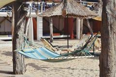 Hängmatta på strandstången Royaltyfria Foton