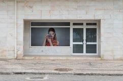 Hänrycka garnering av byggnadsslutcentret av staden royaltyfria foton