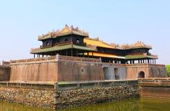 Hänrycka porten, Forbidden City, tonen, Vietnam arkivbild