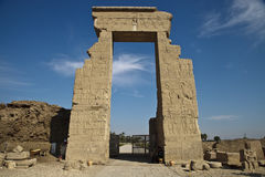 Hänrycka till gudinnatempelet Hator i Dendera Royaltyfri Foto
