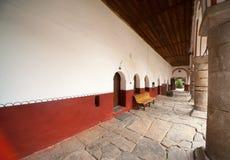 Här bor munkarna den Rila kloster Royaltyfria Bilder