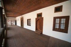 Här bor munkarna den Rila kloster i Bulgarien Royaltyfria Bilder