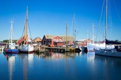 Härbärgera med fiskebåtar på norden av Danmark Royaltyfria Foton