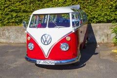 Härlig återställd VW trakasserar arkivfoton
