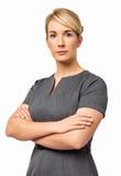 Härlig affärskvinna With Arms Crossed Fotografering för Bildbyråer