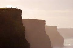 Härlig aftonsikt av klippor av Moher Royaltyfri Bild