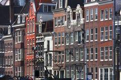 Härlig arkitektur av den Amsterdam staden, Holland Royaltyfri Bild