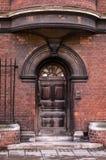 Härlig arkitektur för röd tegelsten av Cambridge royaltyfri foto