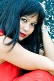 Härlig asiatisk kvinna i stads- inställning Royaltyfria Foton