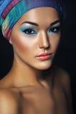 Härlig asiatisk kvinna med hijab Etnic skönhetstående perfekt fotografering för bildbyråer