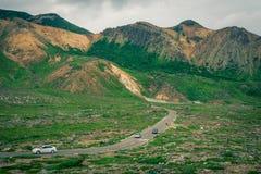 Härlig bergväg Arkivbild
