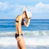 härlig bikinikvinna Royaltyfria Foton