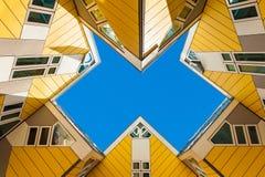 Härlig bild av kubhus i Rotterdam Fotografering för Bildbyråer