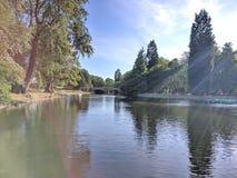 Härlig bild av roddsjön i Burnley, Lancashire royaltyfria bilder