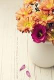 Härlig blommabukett royaltyfri fotografi