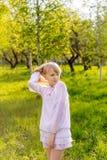 härlig blond flicka Royaltyfri Fotografi