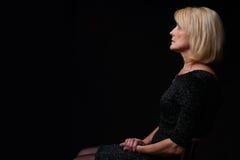 härlig blond gammal kvinna Royaltyfri Foto