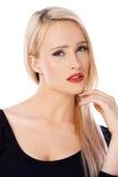 Härlig blond kvinnastående över vit arkivbild
