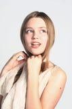 Härlig blond modellflicka Royaltyfri Foto