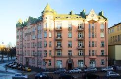 Härlig bostads- byggnad i Helsingfors Fotografering för Bildbyråer