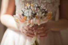 Härlig bröllopbukett av torra blommor Arkivbilder