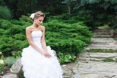 härlig brudklänningwhite Arkivbild