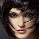 Härlig brunett Girl.Healthy Hair.Hairstyle. Arkivbild