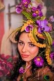 Härlig brunett med härligt hår och makeup Royaltyfri Fotografi