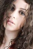 härlig brunettheadshot Royaltyfria Bilder