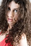 härlig brunettheadshot Royaltyfri Foto