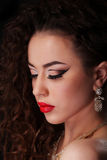 Härlig brunettkvinnastående Royaltyfri Fotografi