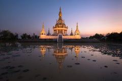 Härlig buddistisk pagod Royaltyfri Bild