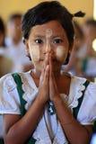 Härlig Burmese flicka Arkivfoton